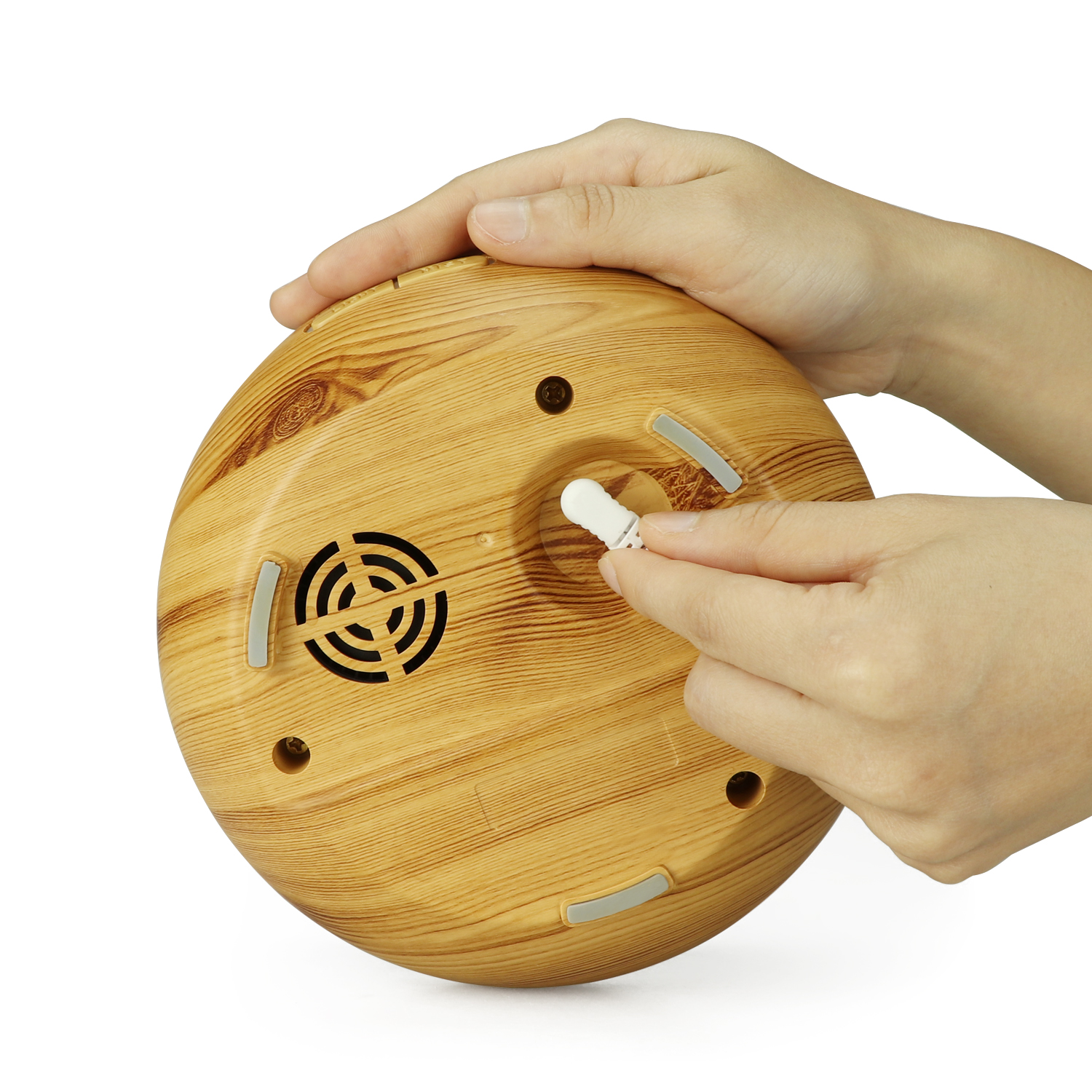 Hollow aromatherapy diffuser